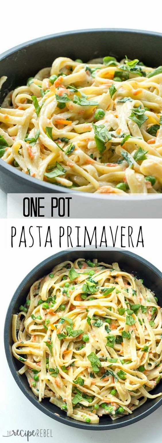 One Pot Pasta Primavera Recipe - loaded with veggies and ready in under half an hour! | The Recipe Rebel