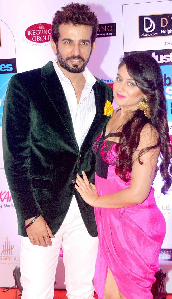 Jay Bhanushali and Mahhi Vij at the HT Style Awards 2015. #Bollywood #Fashion #Style #Beauty #Handsome