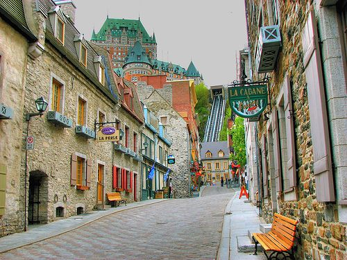 Le vieux Québec, Canada. Have I pinned this one already? Who cares, I really want to go back.