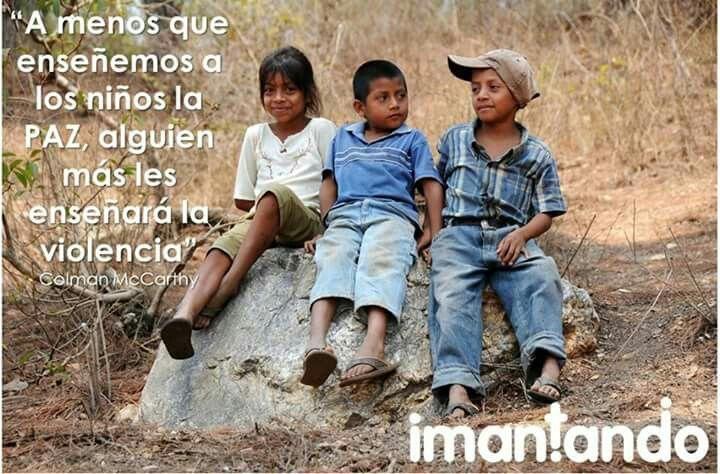 #FelizDía. Durante esta semana seguiremos compartiendo frases alusivas a la paz ya que independiente de cada posición, a todos nos interesa obtenerla. #Padres #Hijos #Crianza #Niños