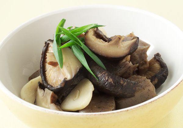 「干ししいたけとこんにゃくのスープ煮」の料理レシピ/完成イメージ