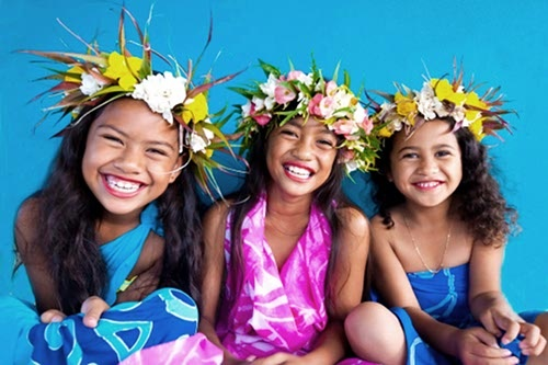 Little girls, big smiles, Cook Islands