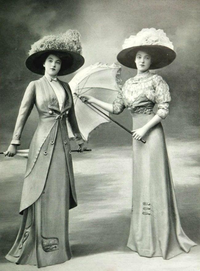 Toilette de promenade, et robe pour les courses, par Bernard, 1909