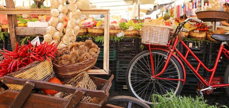 Le coup d'envoi du 104e Tour de France est donné ce samedi 1er juillet. L'occasion de découvrir ou de redécouvrir les spécialités culinaires de nos régions, étape après étape. Suivez le guide.