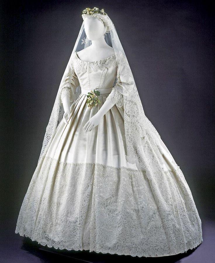 Vintage Victorian Wedding Dresses: Best 25+ Victorian Wedding Dresses Ideas On Pinterest