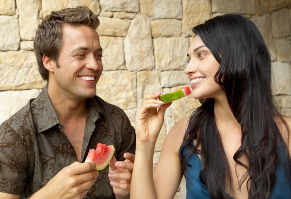 You're not alone if you feel your sex drive isn't what it used to be. To change that, Dr. Oz prescribes the all-natural foods and supplements guaranteed to spice up your love life, turn up the heat in the bedroom, and increase the fun for all.