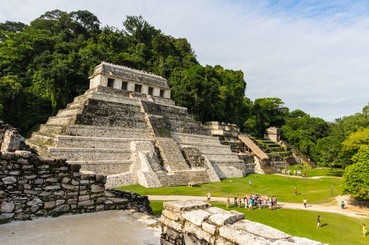 Palenque - Maya Ruinen und die Wasserfälle von Agua Azul und Misol-Ha  Palenque Maya Ruins // Chiapas, Mexico