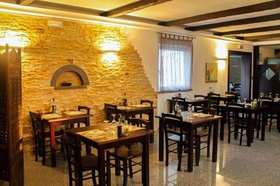 Arredo ristoranti pizzerie maieron snc www for Designhotel udine