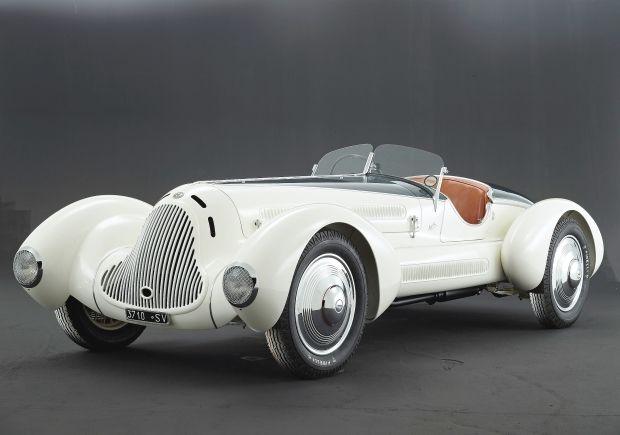 1931 Alfa Romeo 6C  1750 Roadster. @designerwallace