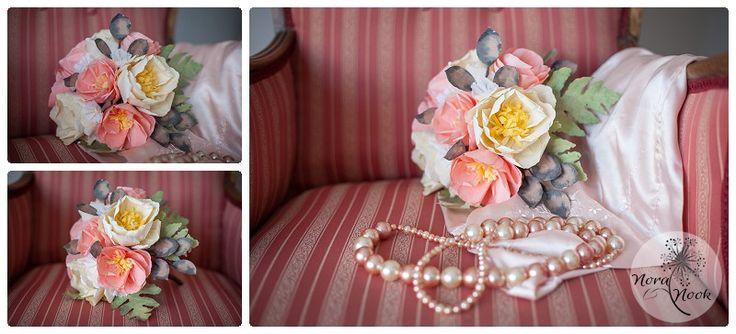 Ramo de novia de flores de papel en colores pastel