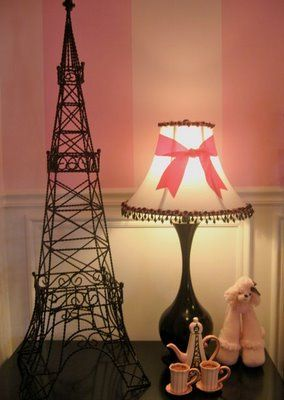 Poodles, Paris and a Pink Bedroom - Design Dazzle