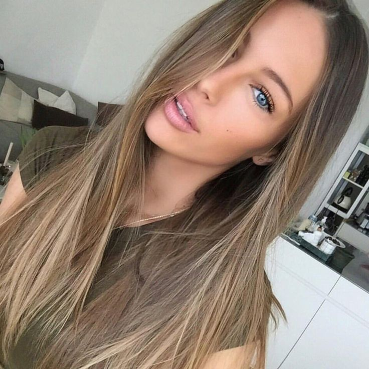 Ash Brown is the least warm shade of brown hair color, one of our most popular colors, as it blends with many different shades of brown. 22 Inches 230G full head set of clip in #KingHair extensions instantly make you feel more confident with thicker, longer hair than you've ever had before.
