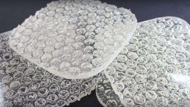 Torture: Unpoppable Bubble Wrap Drink Coasters | Geekologie