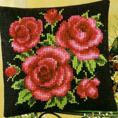 Набор для вышивание подушки Vervaco  1200-543 Красные Розы на черном фоне   Вервако