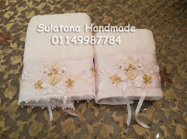 Bridal white set of 2 towels size 50 * 100 cm * 40 * 60 cm 100 % Egyptian cotton Handmade embroidery with silk ribbons https://www.facebook.com/photo.php?fbid=782666858424155&set=a.772072012816973.1073741850.575744762449700&type=1&relevant_count=1