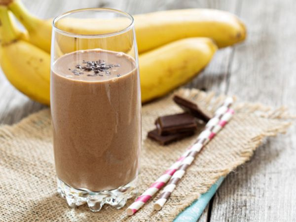The 21-Day Belly Fix Banana Chocolate Smoothie