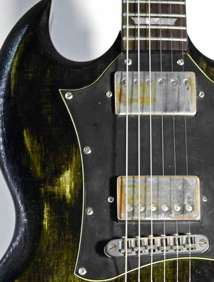SG Ashes Model. Relic Finish. Colombani Guitares.