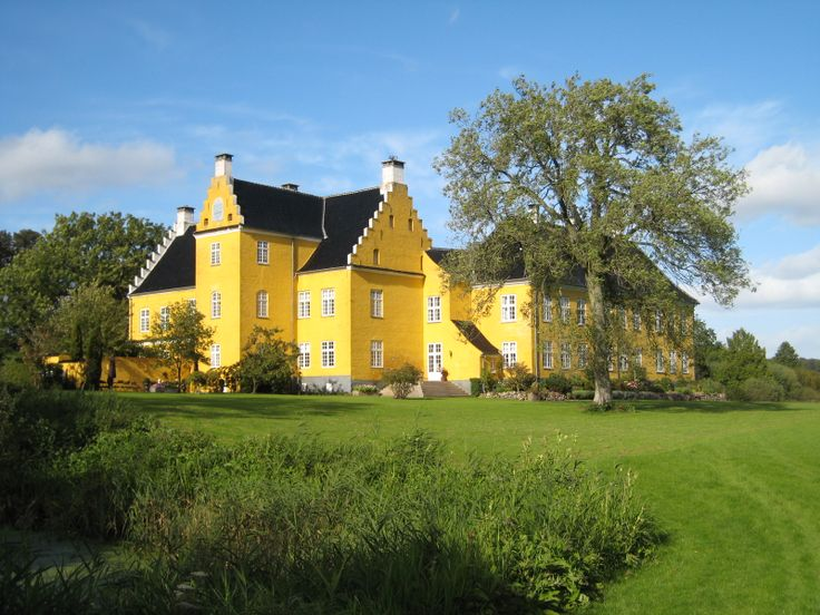 Lykkesholm Castle, Designed by Danish/Italian architect Domenicus Badiaz in 1600. Nyborg municipality in the Region of Southern Denmark on the east coast of the island of Funen.