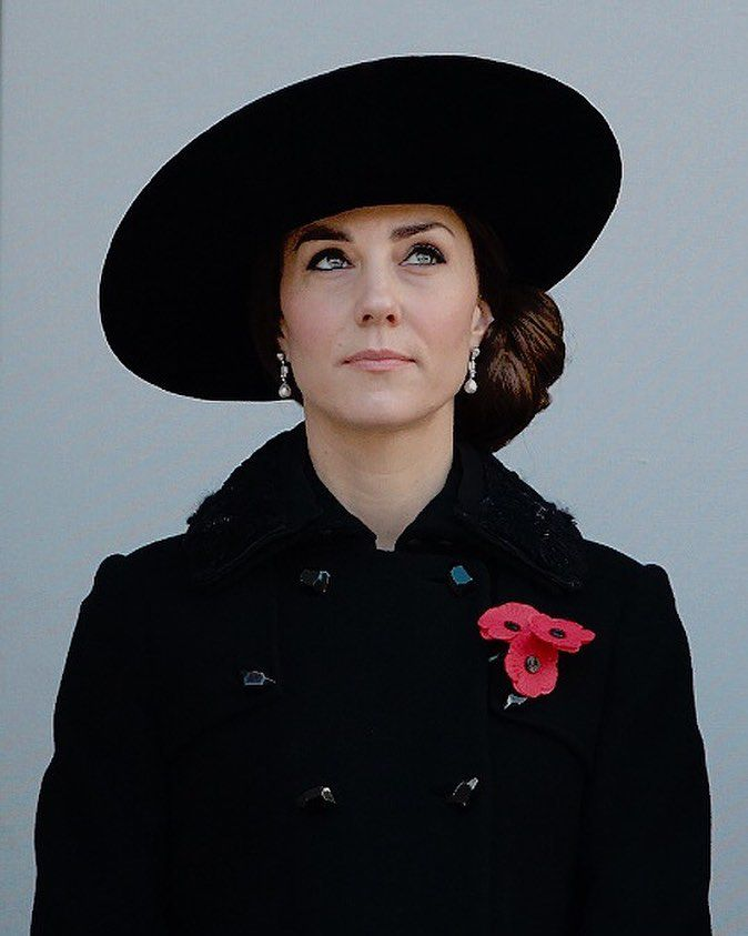The Duchess of Cambridge at the Remembrance Day ceremony | 13 Nov 2016