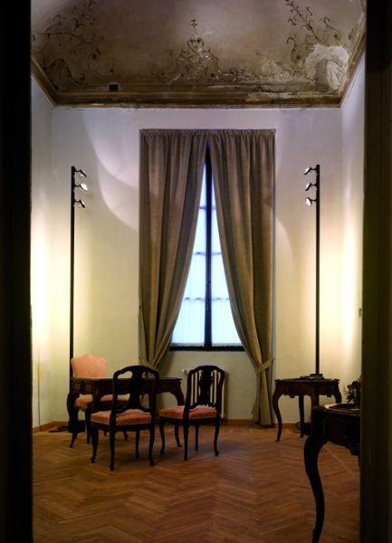 Viabizzuno | Mosaico | Floor standing light fitting by Mario Nanni and Barbara Balestreri