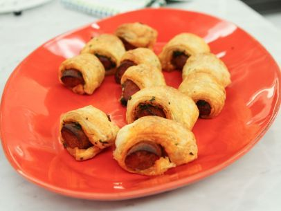 Get this all-star, easy-to-follow Puff Pastry-Wrapped Chorizo recipe from Patricia Heaton Parties