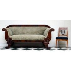 Love this Biedermeier sofa