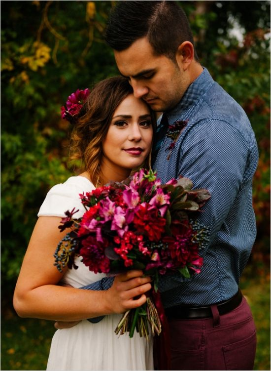 pink and blue wedding ideas #brideandgroom #weddinginspiration #weddingchicks http://www.weddingchicks.com/2014/03/13/intimate-earthy-wedding/