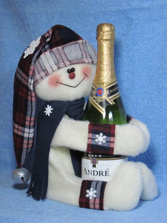 Snowman pattern:  Snowman Wine Hugger  419 by adelinescrafts