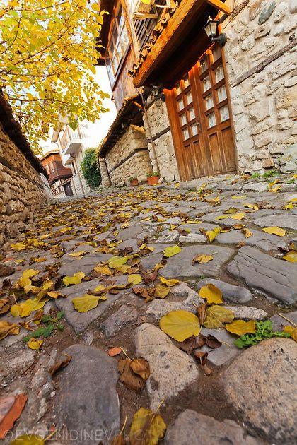 Несебърска уличка през есента, Nessebur, the old town, Bulgaria