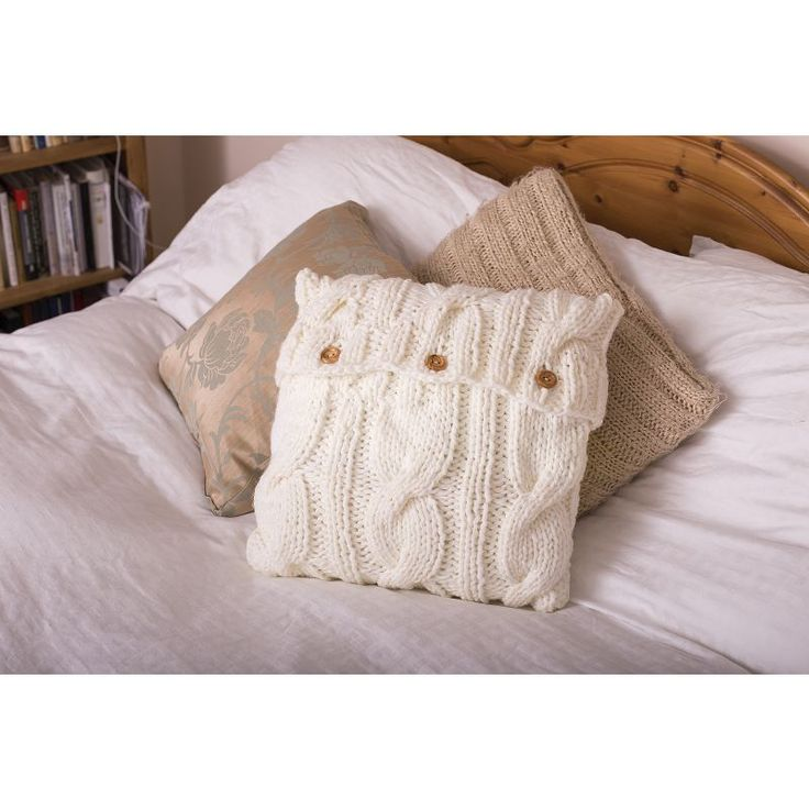 93 best Cushions - Knitting and Crochet Patterns images on Pinterest ...