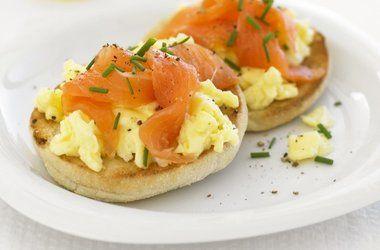 Scrambled eggs, Smoked salmon and Salmon on Pinterest