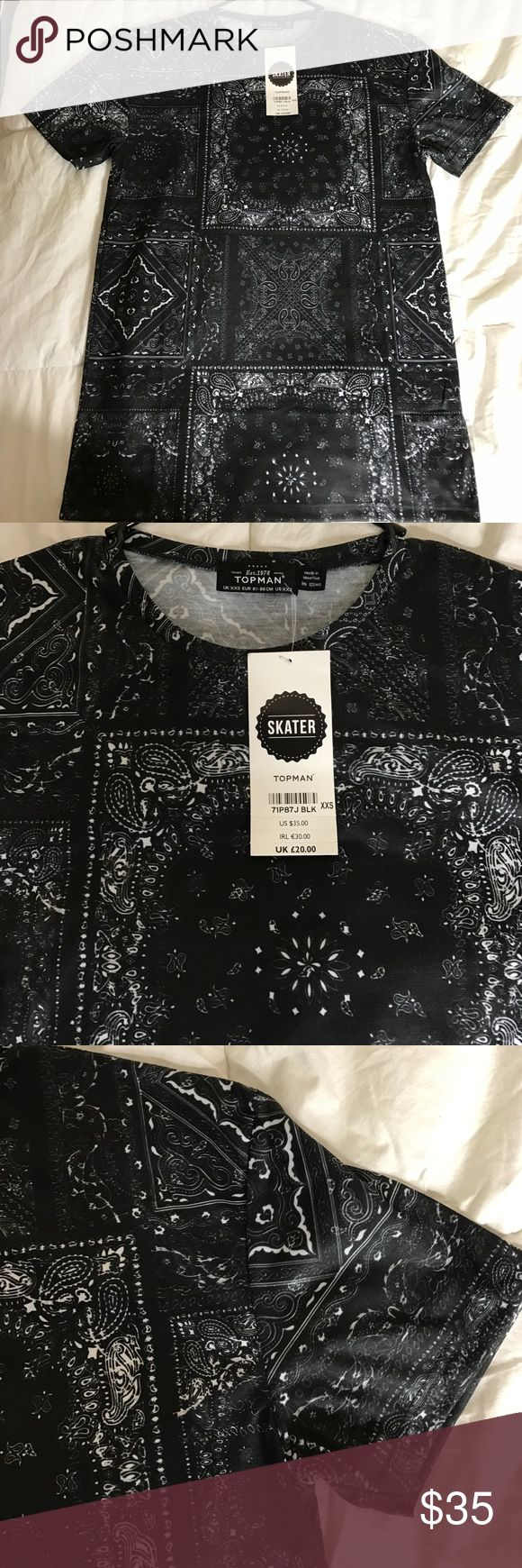 Topman Skater fit T-shirt Brand new with tags. Skater fit size XXS: meaning it fits a little looser more like a small or xs Topman Shirts Tees - Short Sleeve