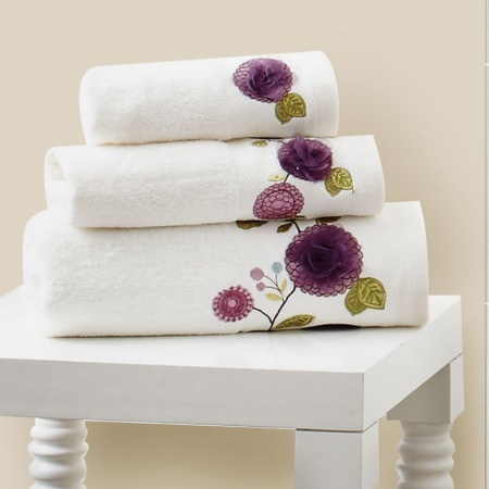 17 Best Images About Towels On Pinterest Bathrooms Decor Adana And Towels