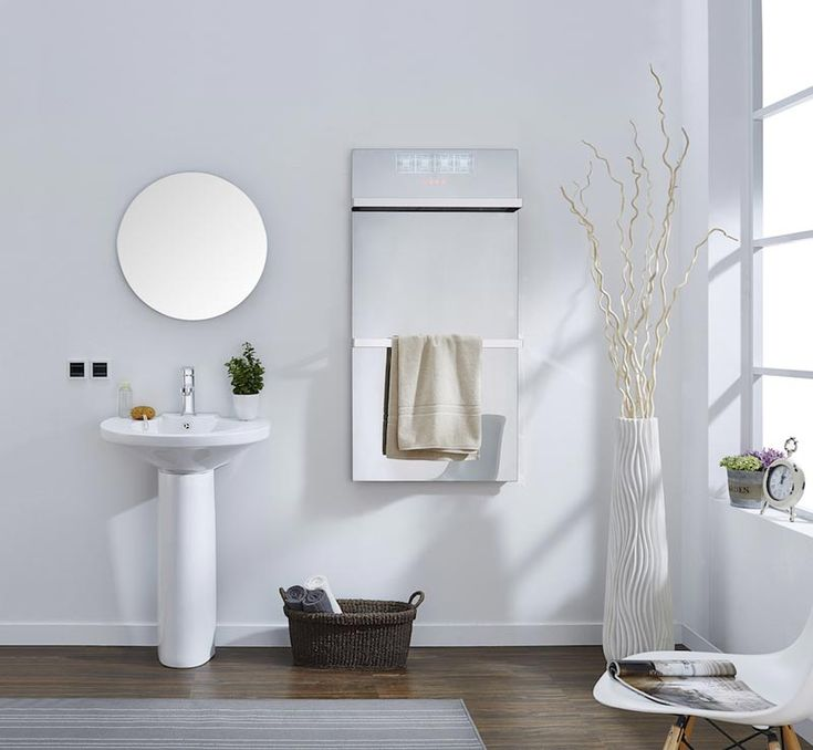 Spiegel, verwarming en handdoekdroger ineen | Innovatief.be