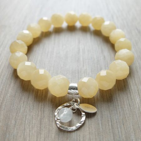 Essence Bracelets - Healing Inspired Jewelry. Bracelet of Calm ♡. Energy healing bracelets. Natural gemstones. Sterling silver. Handmade with love. http://www.essencebracelets.com/product/calm/