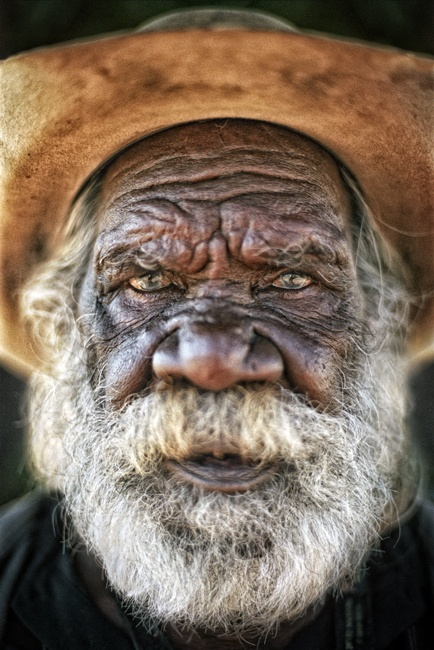 Broome, Western Australia...what a beautiful face this man has...