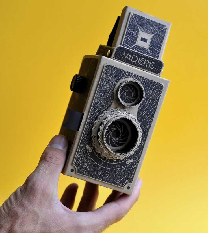 디지털 시대에서 과거를 찍는 핀홀 카메라