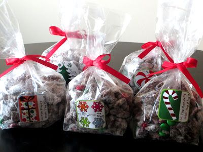 Christmas Muddy Buddies- So easy to make and incredible good! Perfect for a Christmas party or a neighbor gift.