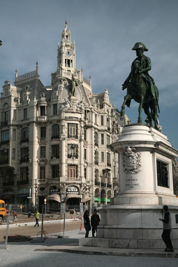 Dom Pedro VI statue - Avenida dos Aliados - #Porto #Portugal