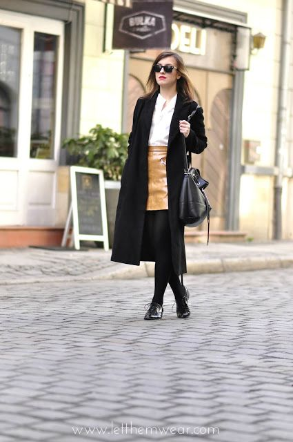 70thies style street style outfit trends long coat blogger
