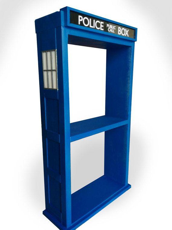 Plateau TARDIS-TARDIS, étagère, étagère, bibliothèque, Doctor qui, meubles, nerd, geek, zone de police