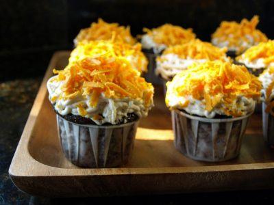 Dog Hill Kitchen: Cincinnati Chili Cupcakes for Iron Cupcake Earth