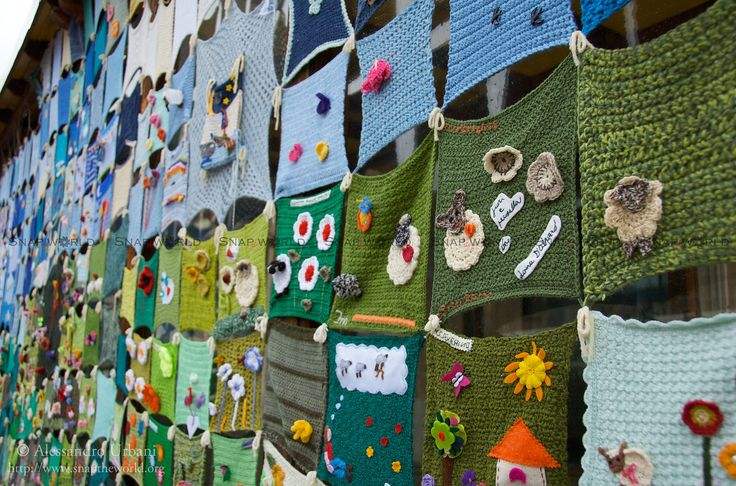 The (New) Knitted Town | Aprile 2012 Mettiamoci una Pezza, L… | Flickr