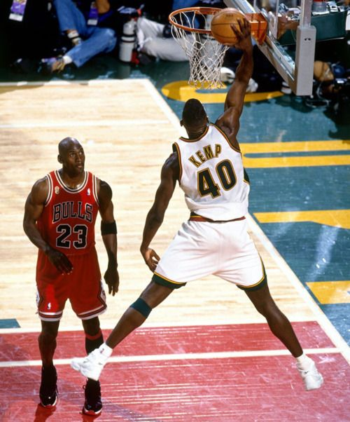 Shawn Kemp signed Seattle SuperSonics Photo (white jersey back vs Michael  Jordan) - Autographed NBA Photos Certified Authentic and Backed by our  Sports ...