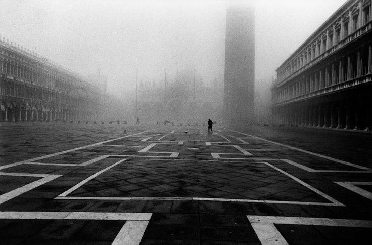 Raymond Depardon. ITALY. Town of Venice. Piazza San Marco. 1979