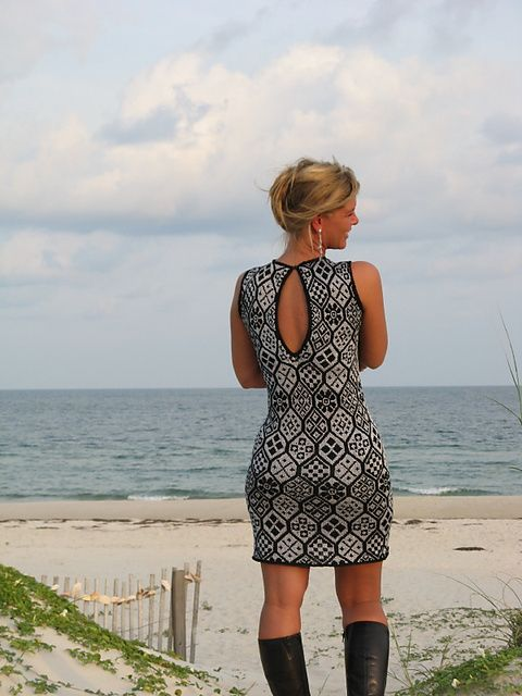 Ravelry: Sparkle! Dress pattern by Shirley Paden. Obsessed. In love. It's free! zomg.