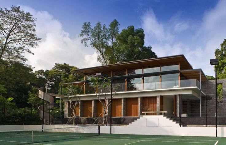 Spatial Mystery: Nassim Road House, Singapore
