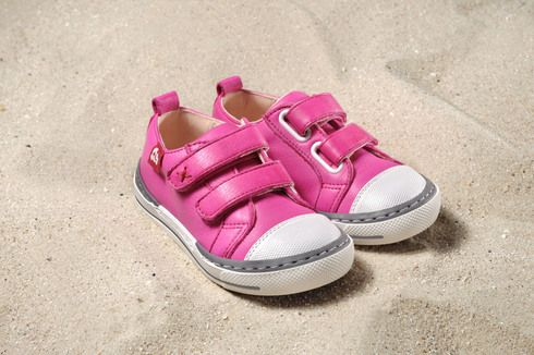 We have extended our Winter #Sale due to popular demand by one week... Why pay $130.95 for a 100% Eco and Allergy-friendly children's shoe, if you can get it for $59.95...!?! But be quick: Sale ends on 07/09/2014!!!!