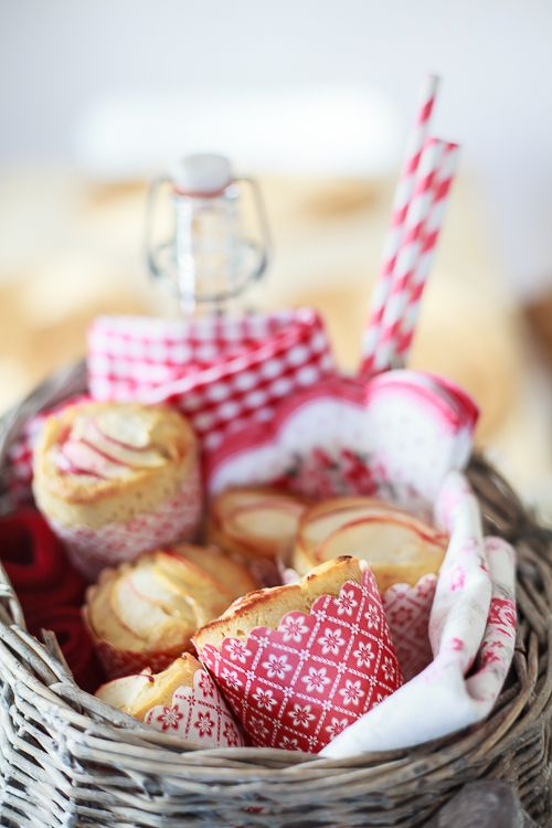 Amalie loves Denmark Herbstpicknick mit Apfelmuffins #apple #baking #backen #muffins