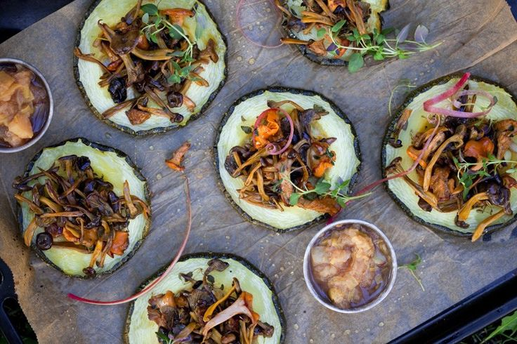 Roasted zucchini and chanterelles - holiday menu
